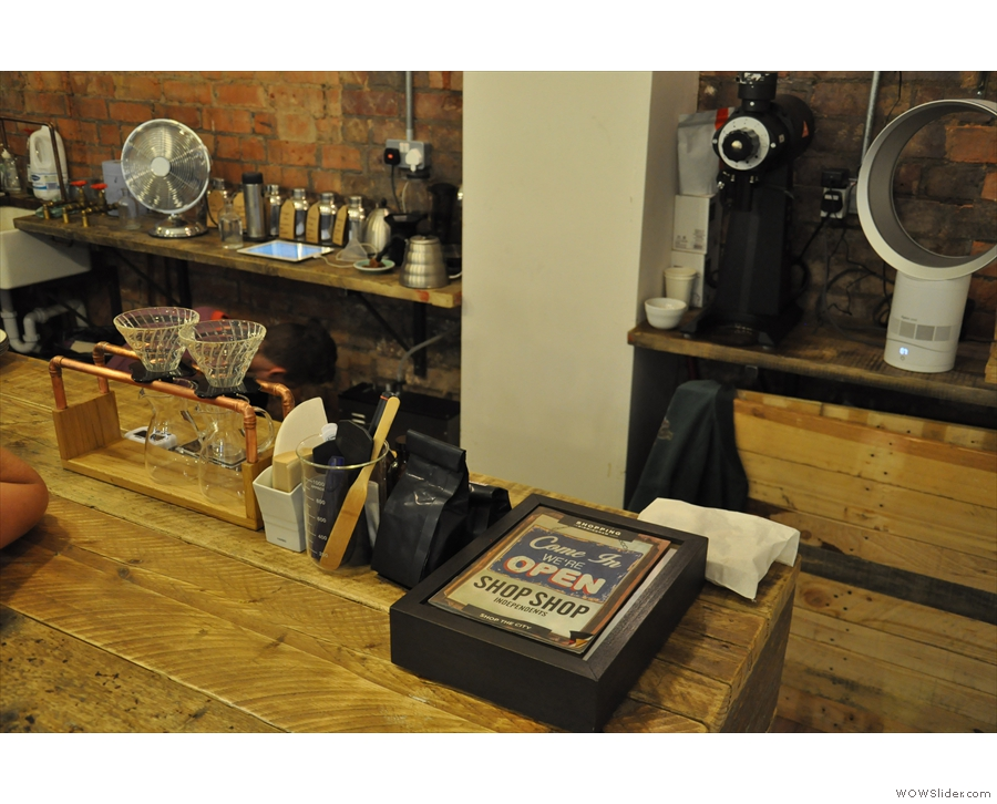 In front of them is the filter-rack with the V60s...