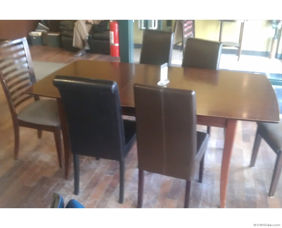There's also this one six-person table.