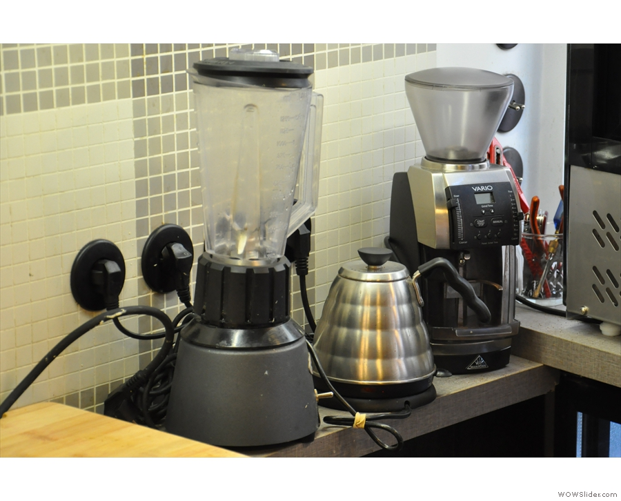 It's small, but there's room for a kettle, grinder and blender (for smoothies, I assume).