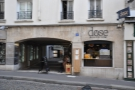 Dose, Dealer de Cafe, on Rue Mouffetard