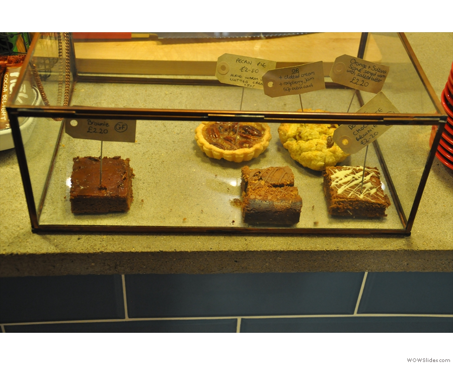 ... as well as a small selection of excellent cakes.