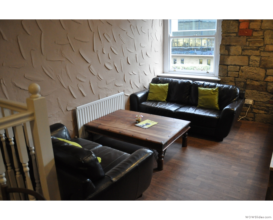 This pair of sofas looks very comfortable too...