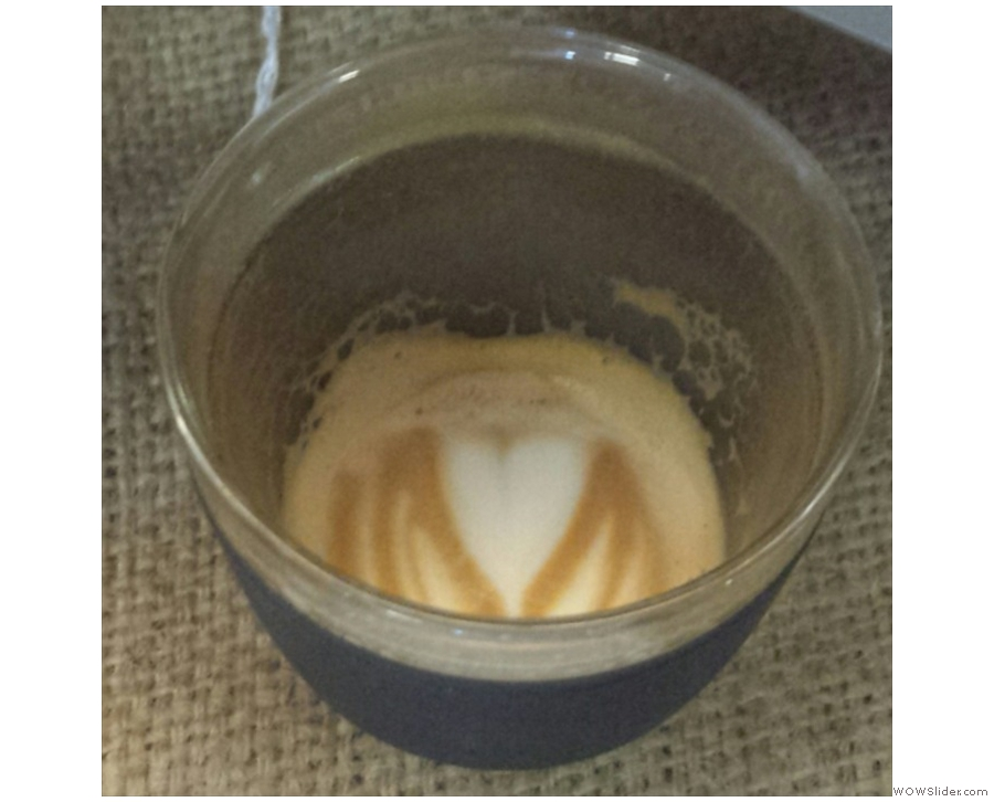 I love it when the latte art holds to the bottom of the cup.