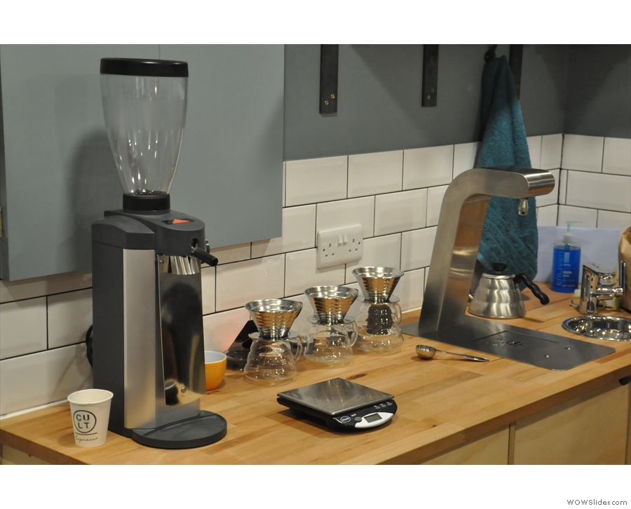 The pour-over set-up, using Kalita Wave filters, in more detail.
