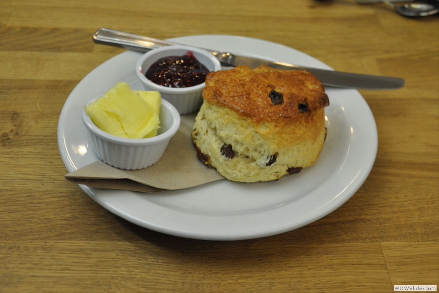 ... and the last scone of the day. Well, it would have been rude to leave it...