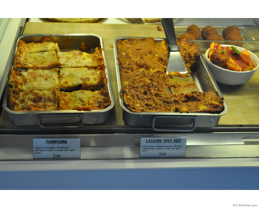 Right, down to business. The food is traditional Italian: parmigiana & lasagne..