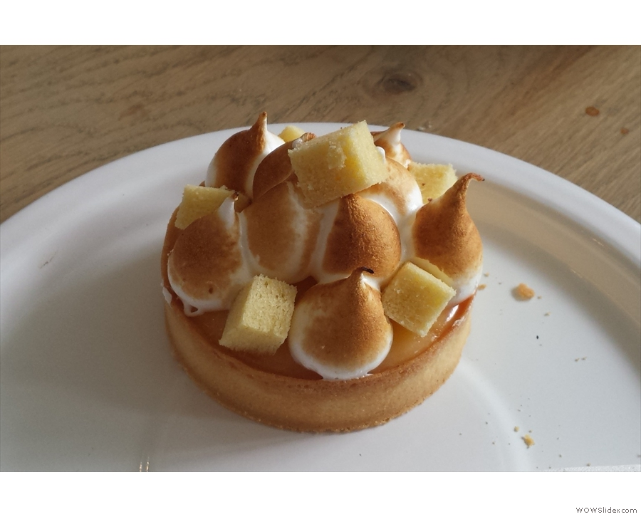 In the end I decided on the lemon tart.