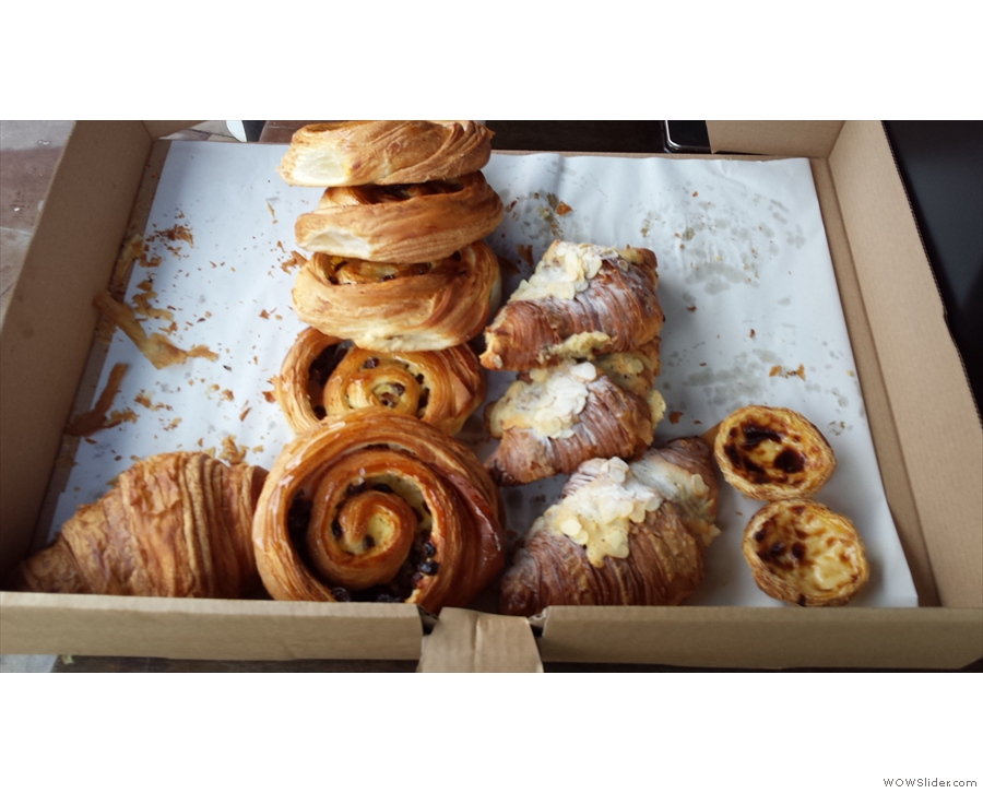 I was in more luck back in January when I had one of the lovely almond croissants.