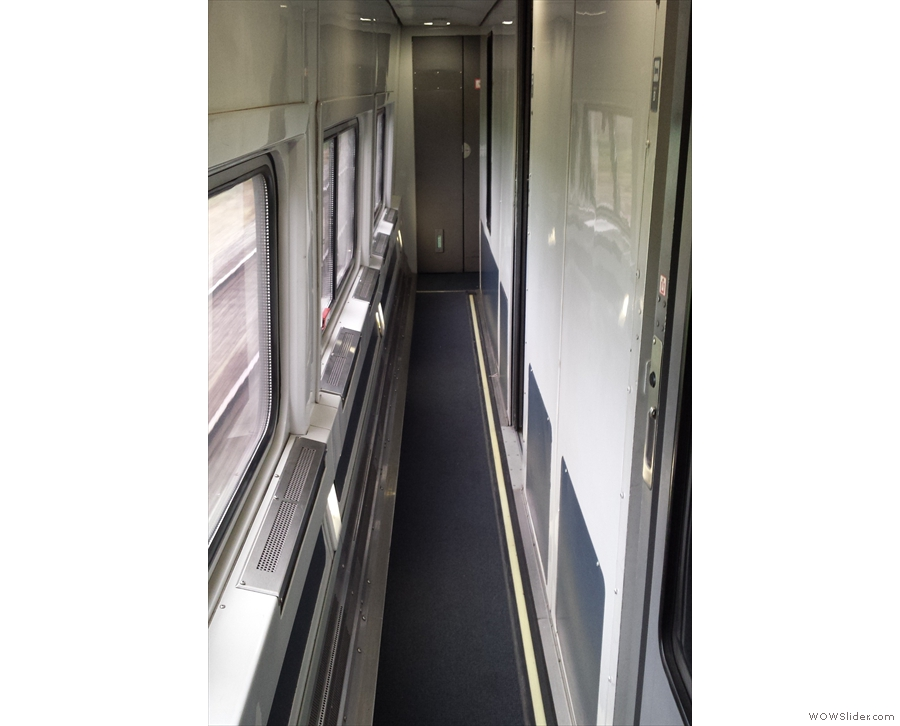 The sleeping compartments are quite wide: the corridor, in contrast, is narrow!