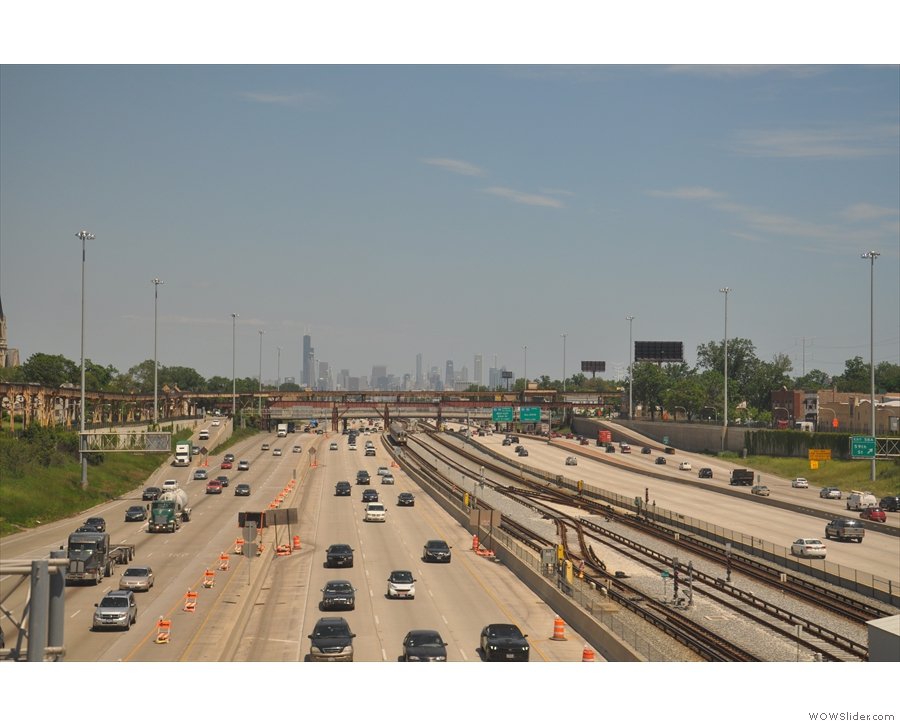 A first proper look at downtown Chicago as we cross the freeway south of the city.