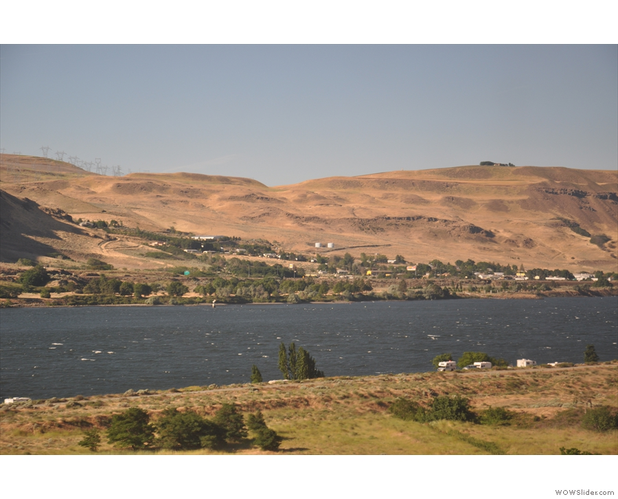 The town of The Dalles on the Oregon side. We, by the way, are in Washington.