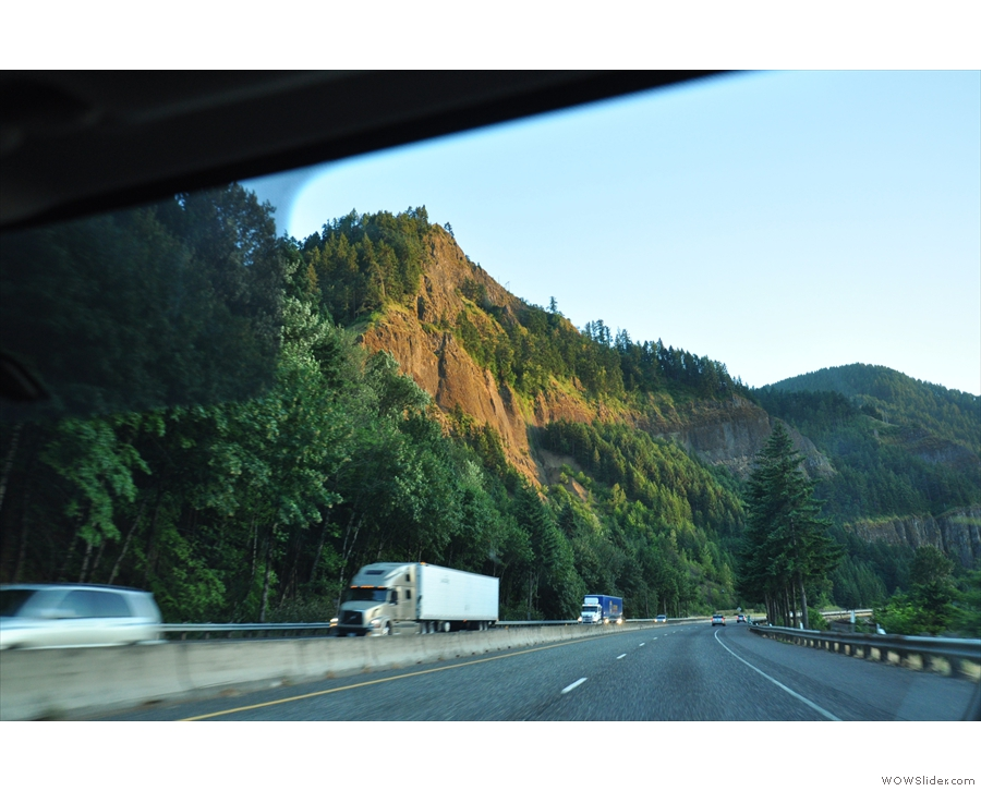 The light of the setting sun made for some beautiful colours on the walls of the gorge.