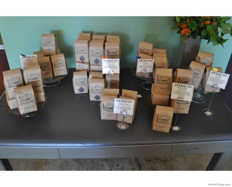 Extracto's range of coffee for sale.