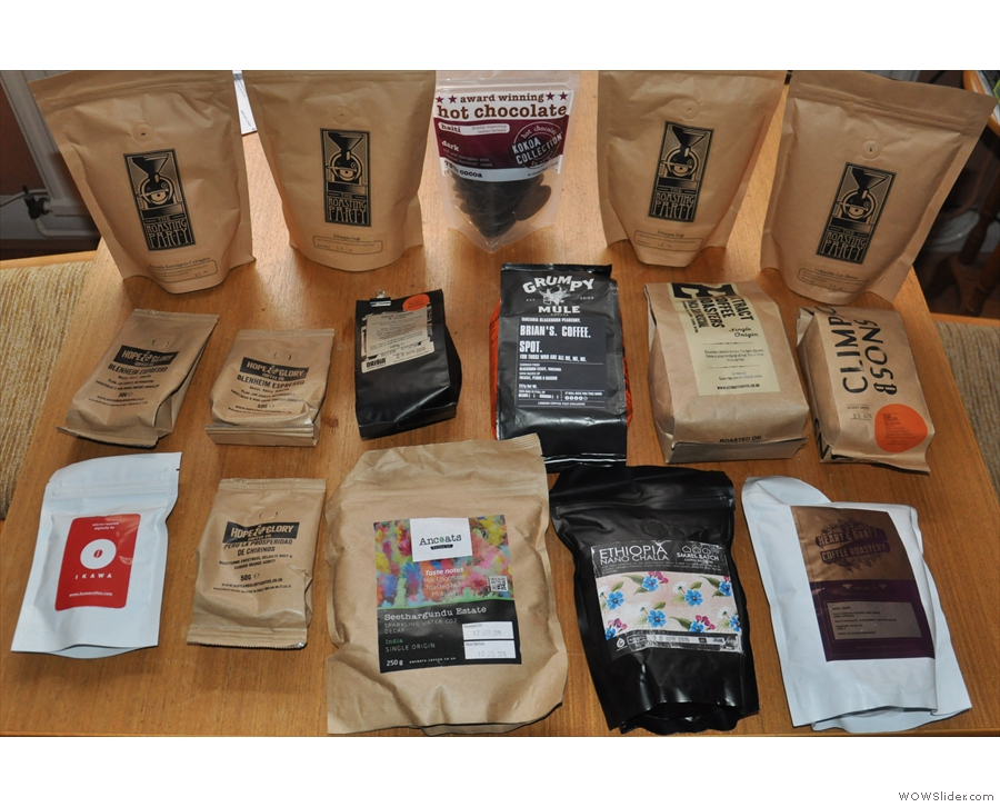 And finally, I'll leave you with the full haul of coffee I took away with me: 3 kg in all!!