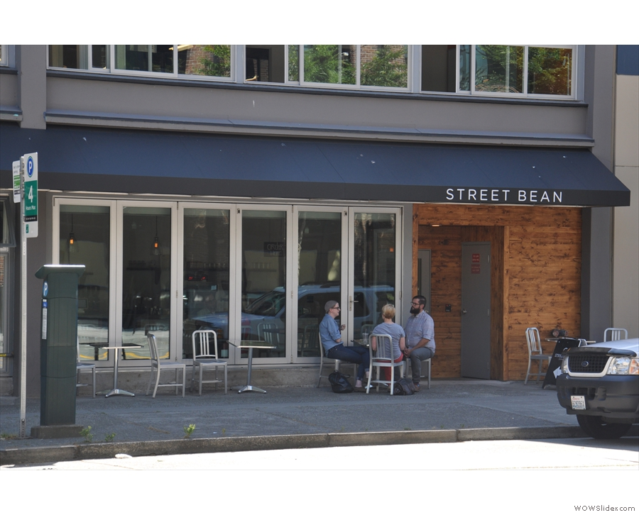 It looks a simple, uncomplicated, unpretentious coffee shop from the outside...