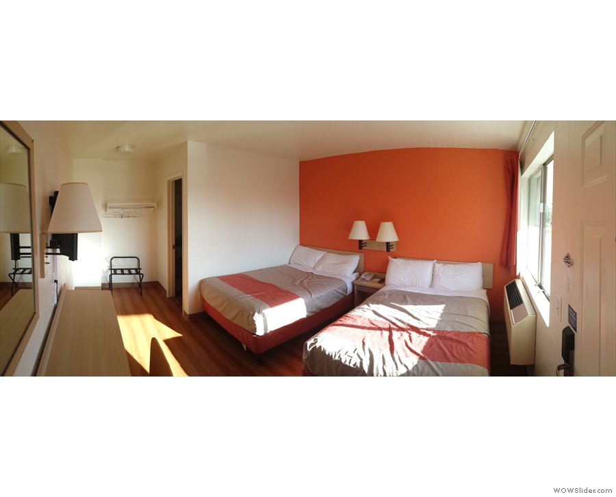 My spacious, well-priced room. Although it was slightly smaller than the one in Cascade Locks, it was much nicer, so I wasn't complaining! Shame about the Wifi though...