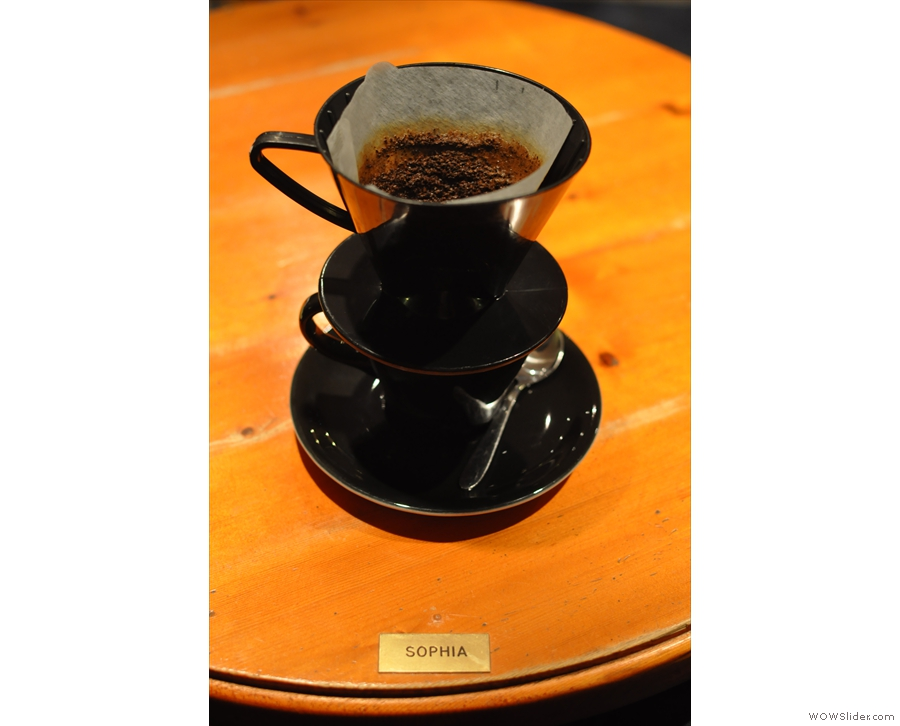 I went for the Finca Loma La Gloria as a V60 which was served at my table (Sophia) with the filter in place, another nice touch. However, black on black is hard to photograph well!