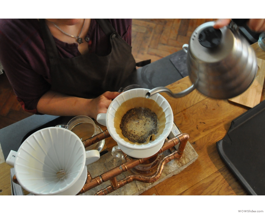 After letting it bloom, it's time to top the V60 up.