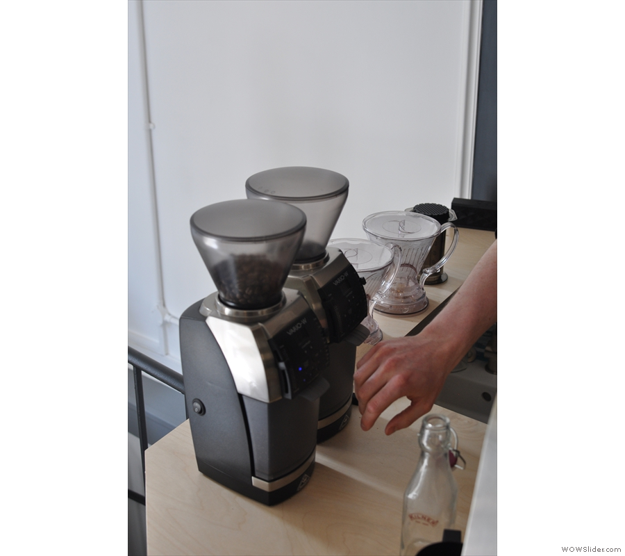 Next we move to the brew bar. Naturally the two different beans have their own grinders...