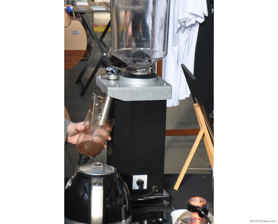 A quick lesson in using the syphon: step one, as always, grind your beans.