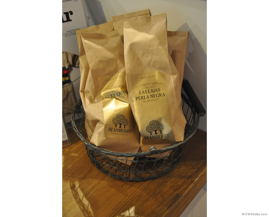 There are retail bags of Beanberry's coffee which you can take home with you...