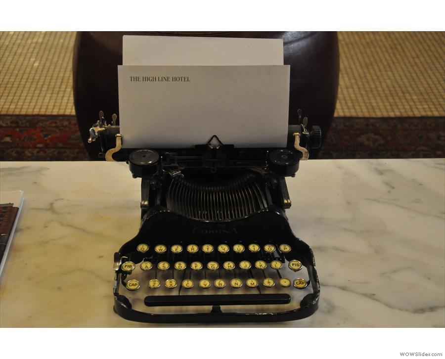 This, on the other hand, is definitely a typewriter. Of that I'm 100% sure. Well, maybe 99%.