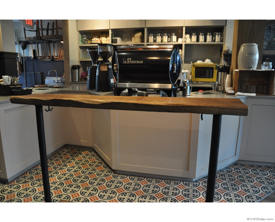 The main advantage of the bar is it provides a great view of the espresso machine.