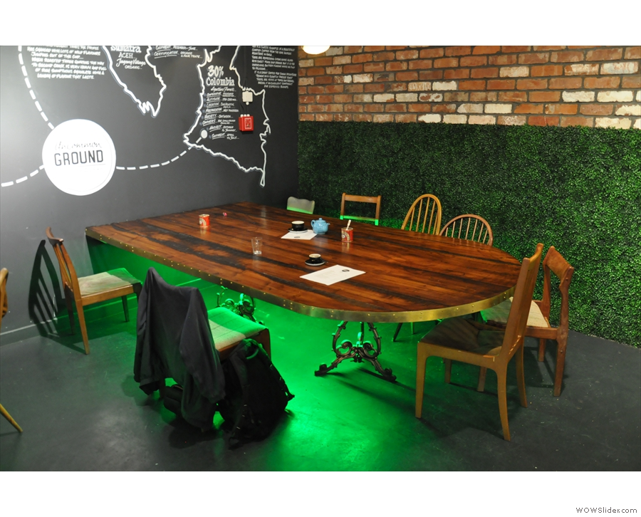 ... which is matched by the interesting green lighting under the tables.