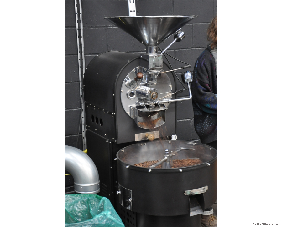 He's only little (5 kg) and he's the only roaster who was bought from new...