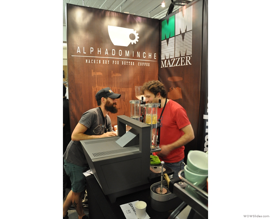 I took a close look at Alpha Dominche's Steampunk machine at 2014's London Coffee Festival.