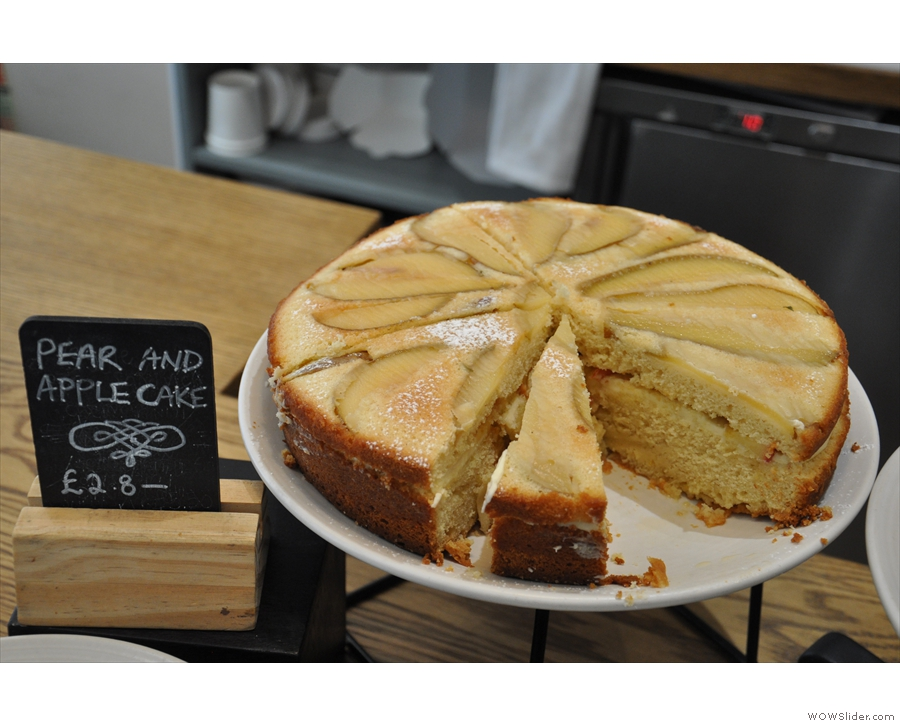 I decided I wanted a treat, and this pear and apple cake caught my eye...