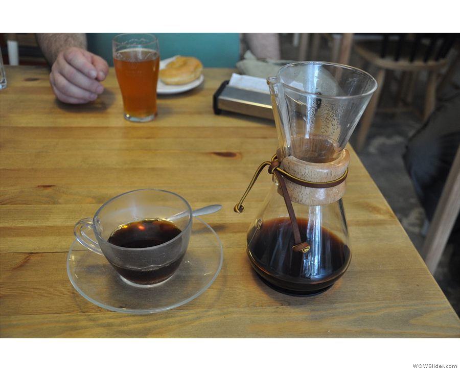 And the coffee, from local roaster, Vernazza. My first pour-over in Porto!