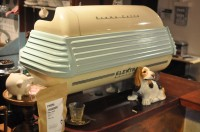 The light blue and cream Crema Caffe Elektra espresso machine, complete with dog, at The Keen Bean Coffee Club, Oxford.