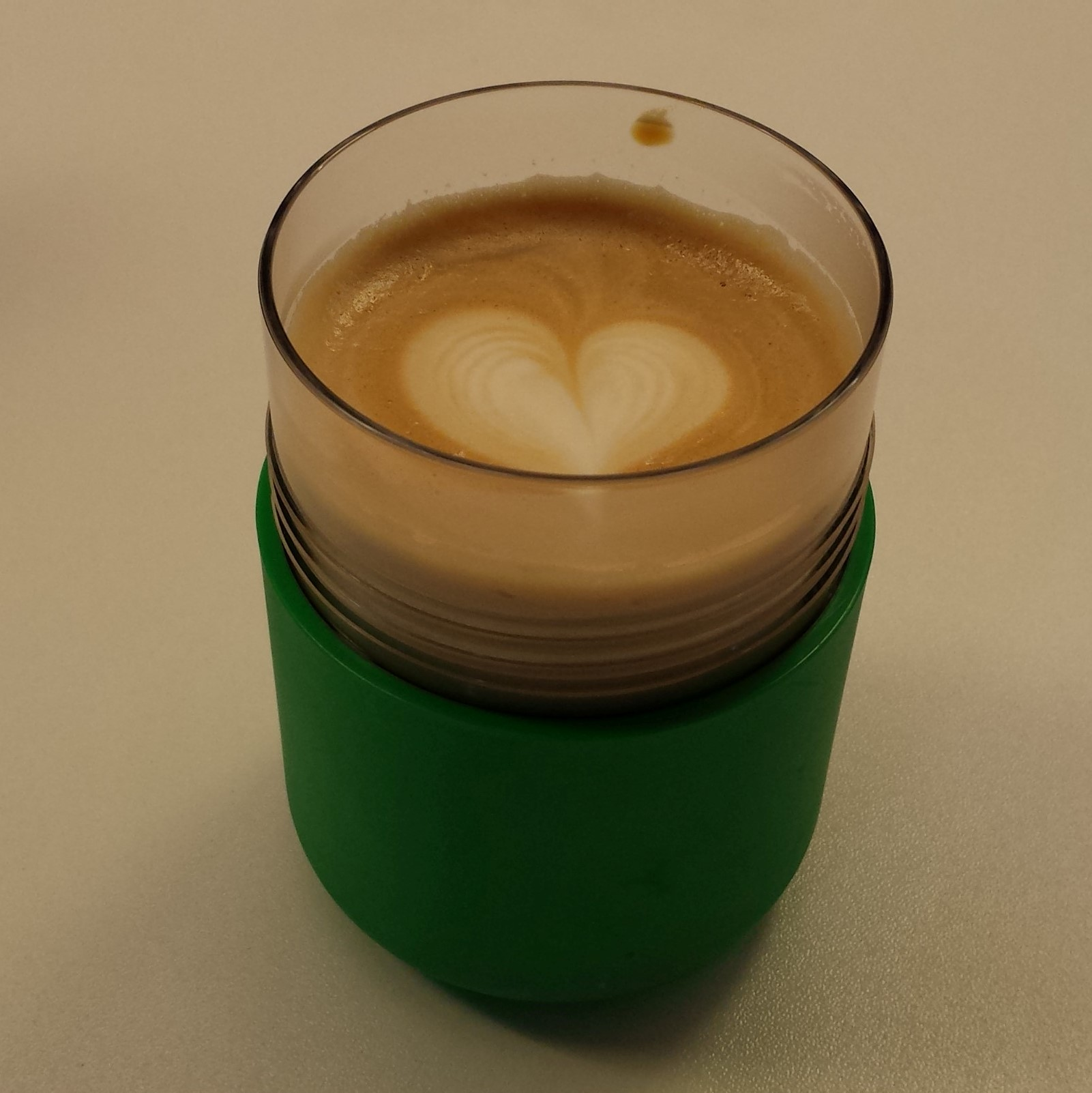 Latte Art in my 8 oz Smart Cup from Frank Green at 6/8 Kafe in Birmingham