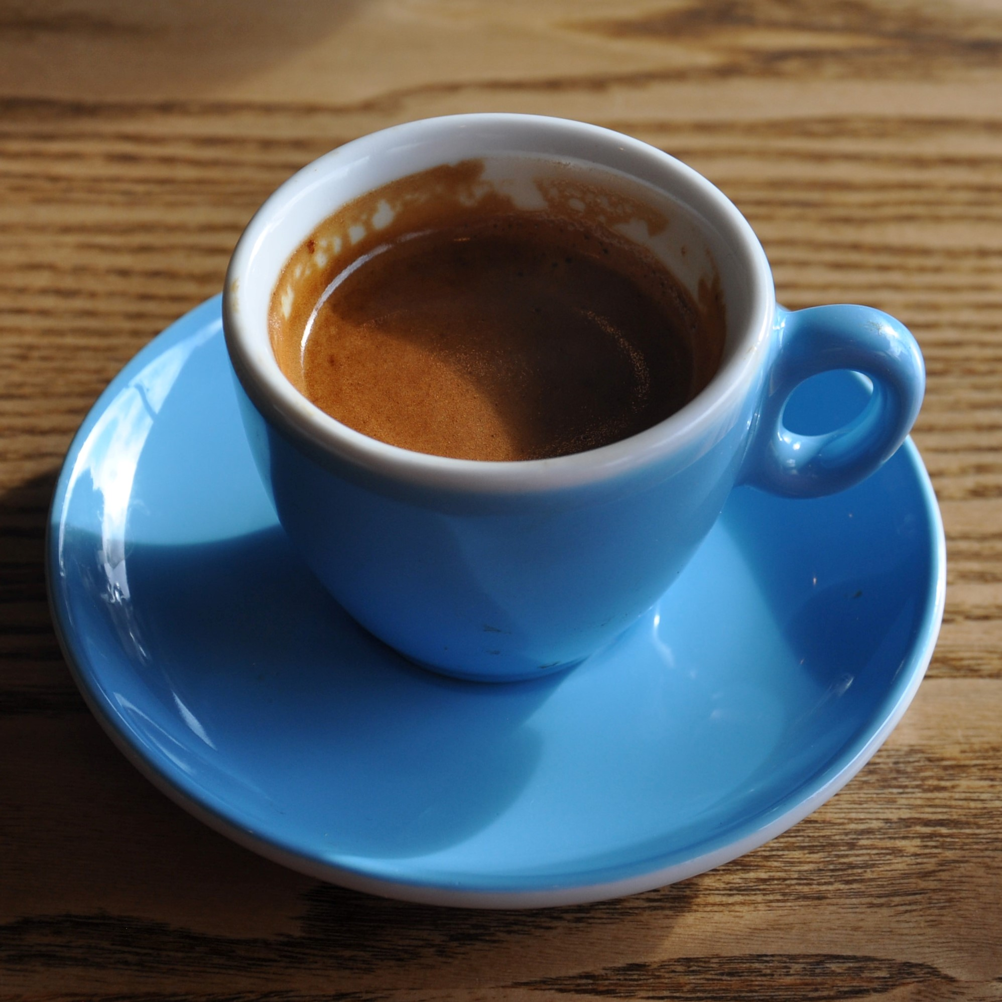 A single-origin Colombian espresso from Ballies in Belfast, served as the house-espresso in District, looking resplendent in its classic blue cup.
