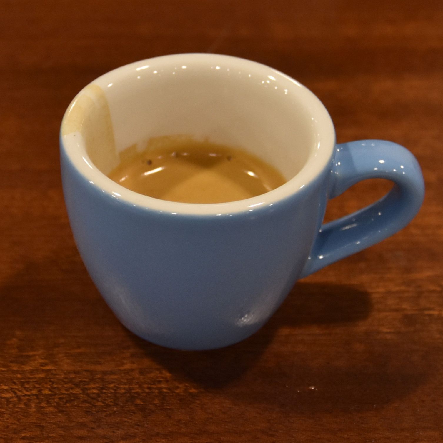 A single-origin Colombian espresso, roasted by Onyx, from Arkansas, and served, in a classic blue cup, by Pax Treme in New Orleans.
