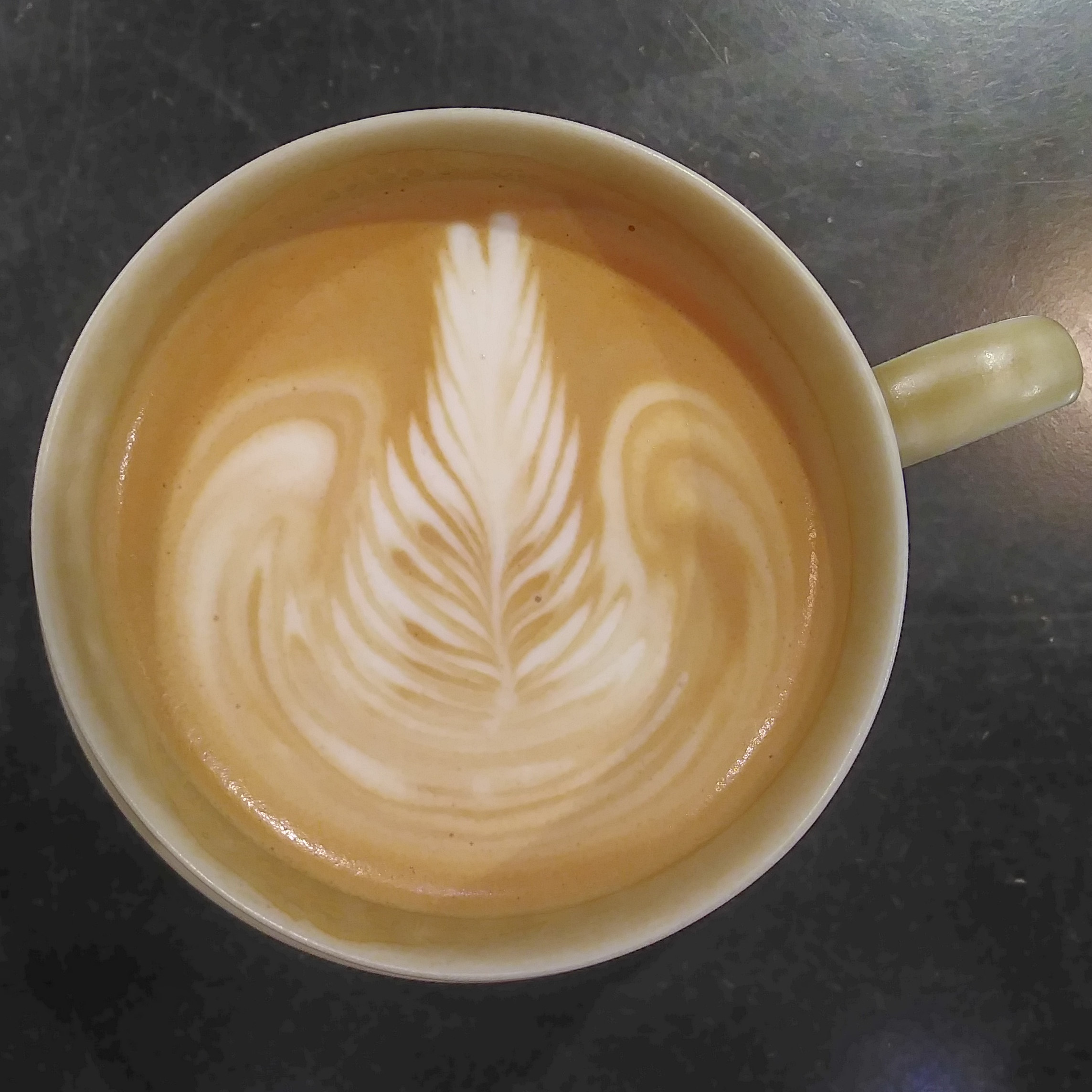 Some lovely latte art in my latte at Ratio &C, part of the Onibus chain in Tokyo.