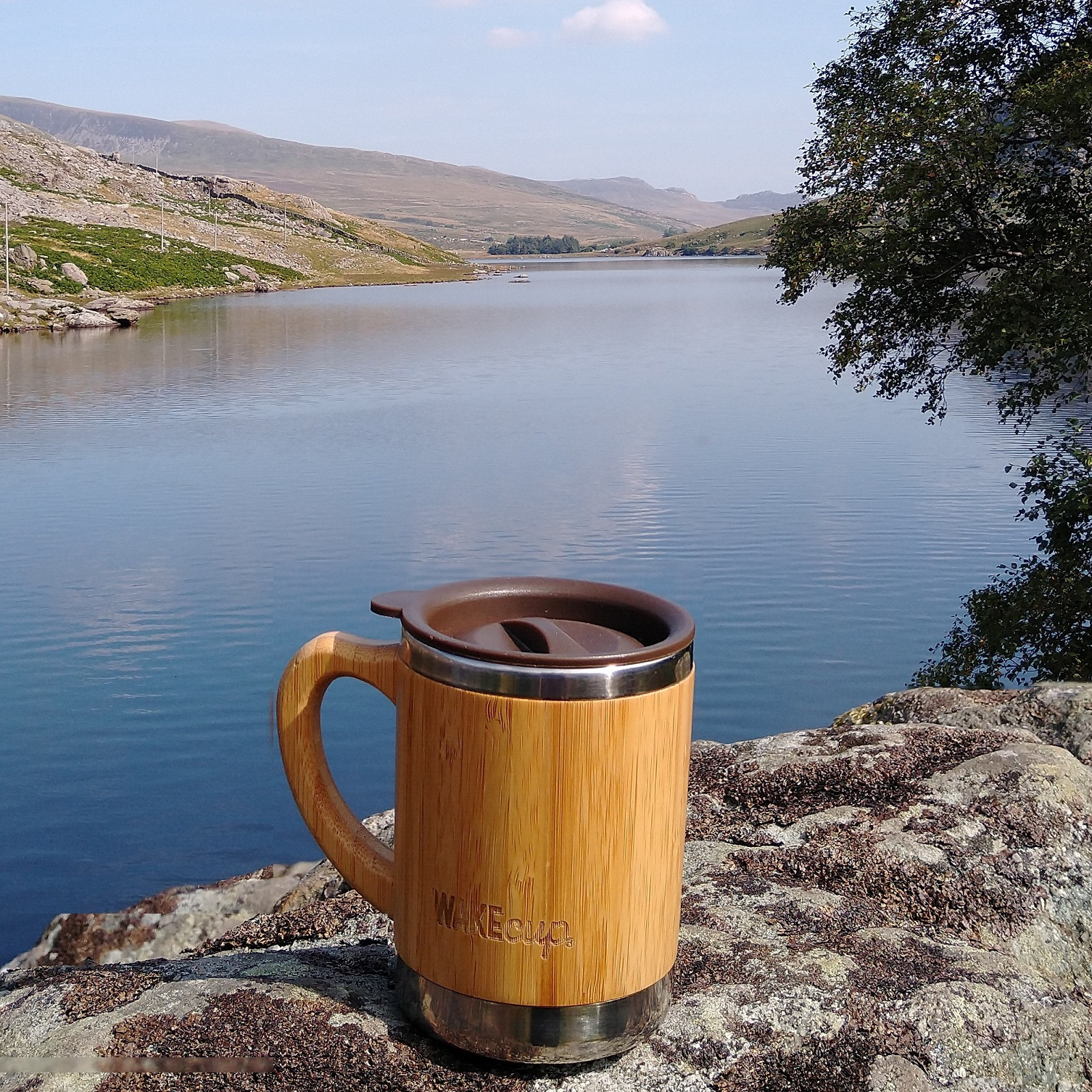 My Global WAKEcup looks east along Llyn Ogwen in Snowdonia on a sunny Sunday in September.