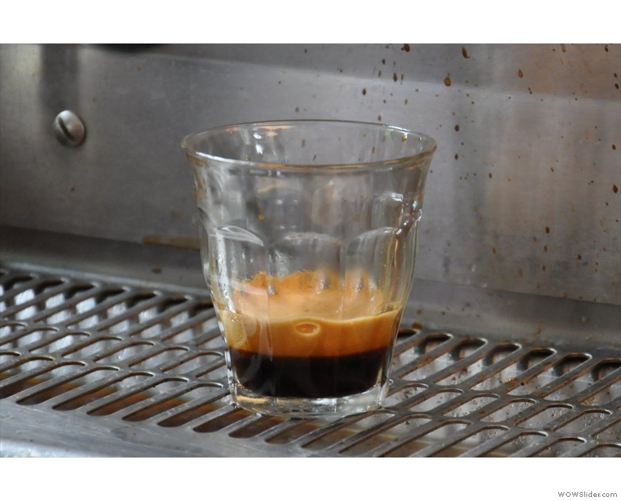 However, like all crema, it quickly dissipates.
