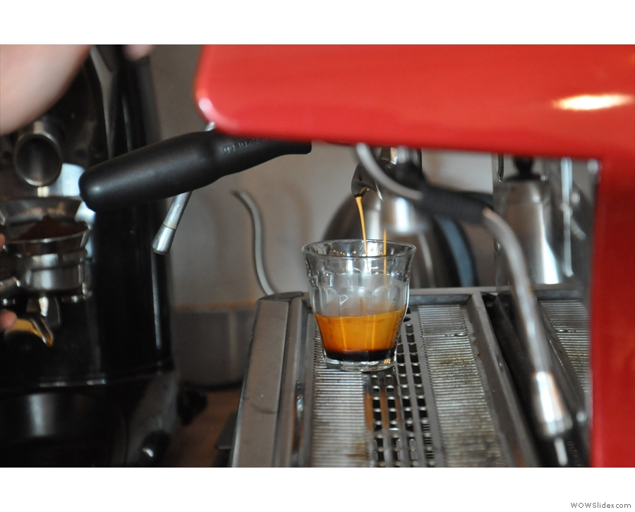 Espresso in a glass! Look at the crema developing on that!