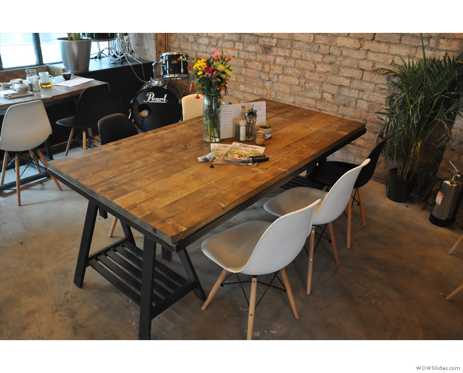 ... while this communal table occupies the centre of the space.