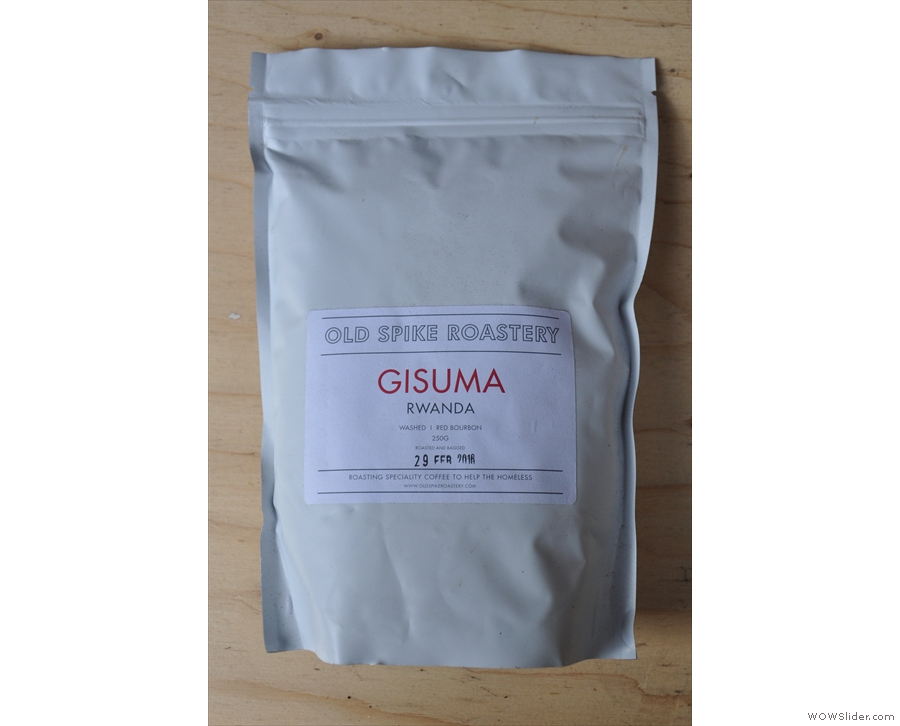 It's all single-origin beans, with this Rwandan Gisuma in the hopper while I was there.