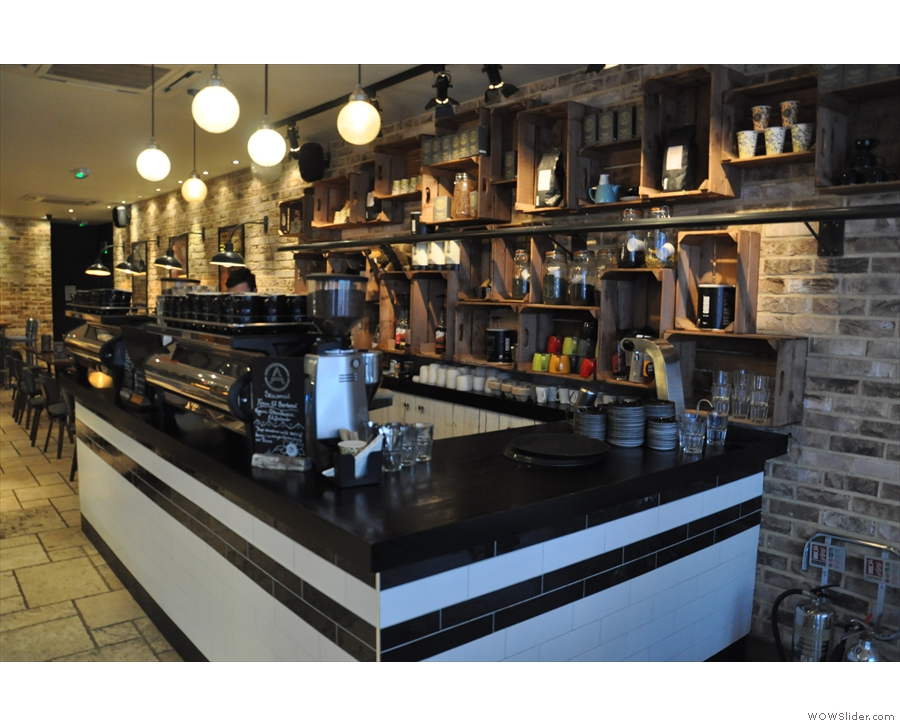 Anyway, to business. The coffee counter, with twin espresso machines, is on the right...