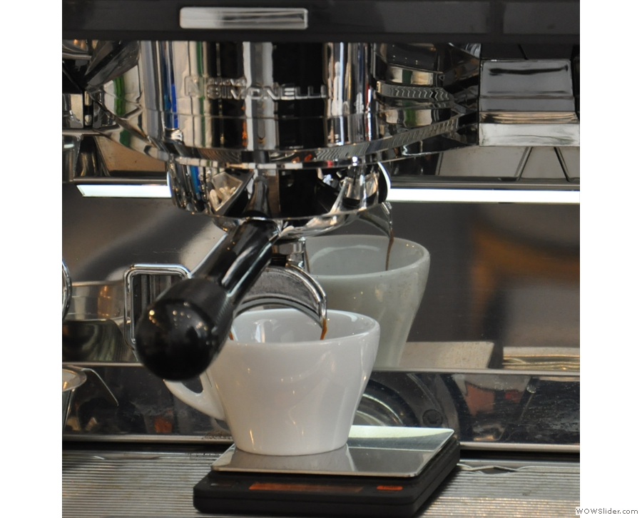 I love watching espresso extract. Particularly if I'm seeing double!