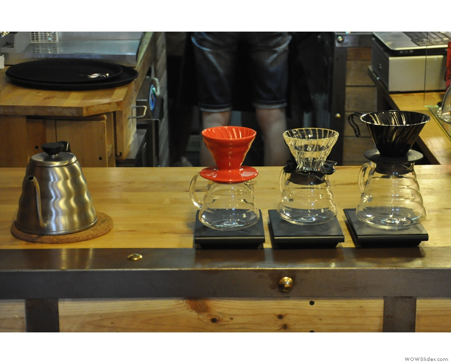 The brew-bar, front & centre. As well as V60s, there's the Kalita Wave, Aeropress & Chemex.