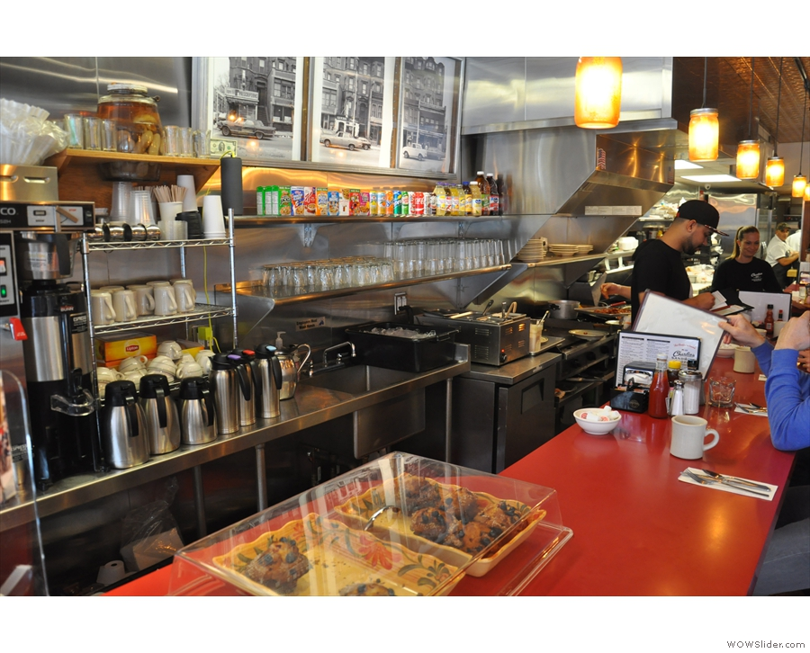 So, to business. The griddle/kitchen area is in plain view behind the counter.