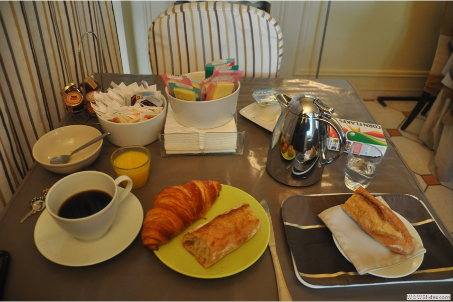 However, you don't have to go that far upmarket. Even my hotel, Nouvel Hotel, served a perfectly good cup of coffee with my breakfast.