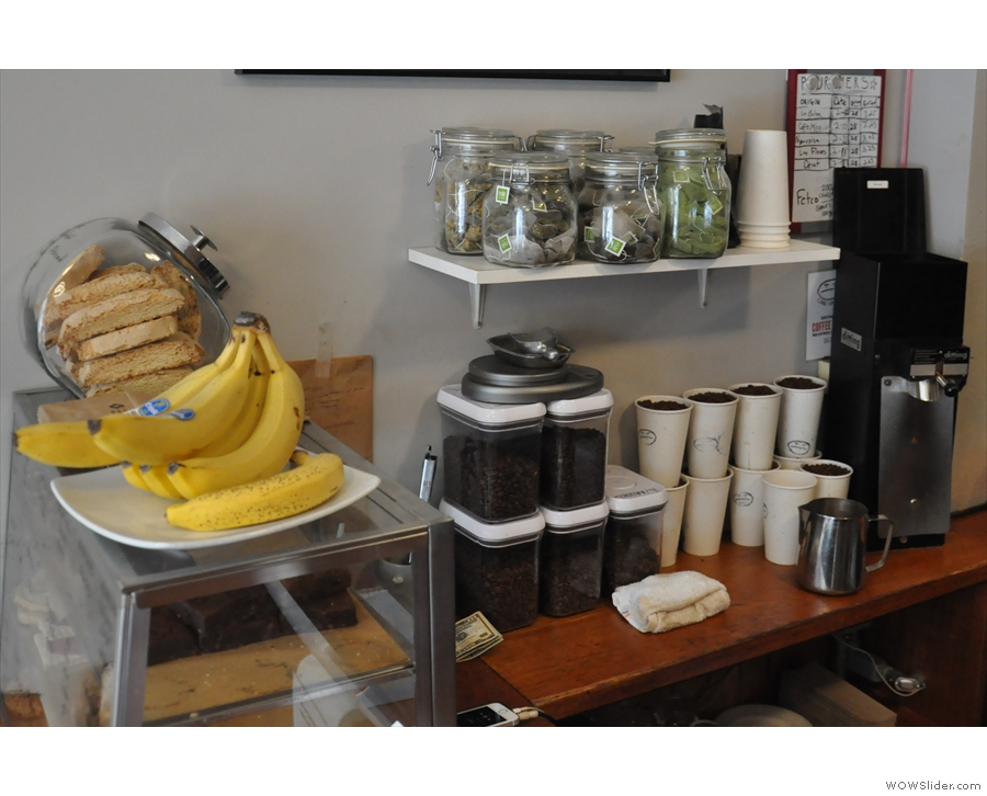 But what's this behind the bananas and underneath the loose-leaf tea?
