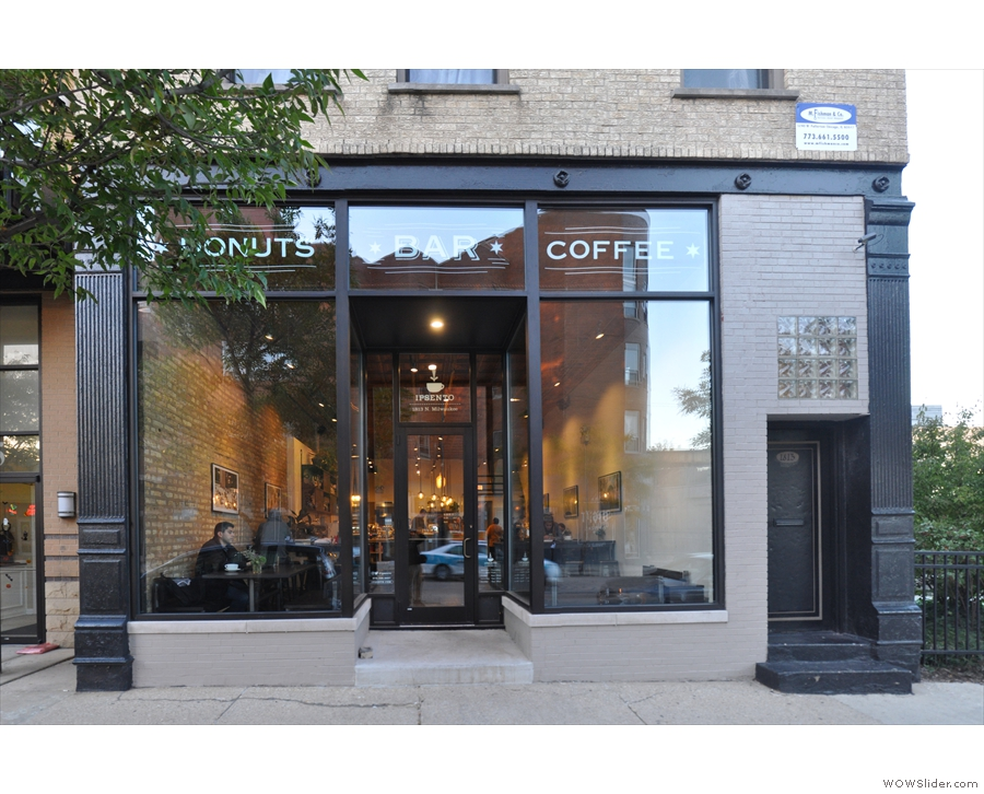 Ispento 606, which opened this summer on Chicago's Milwaukee Avenue, next to The 606.