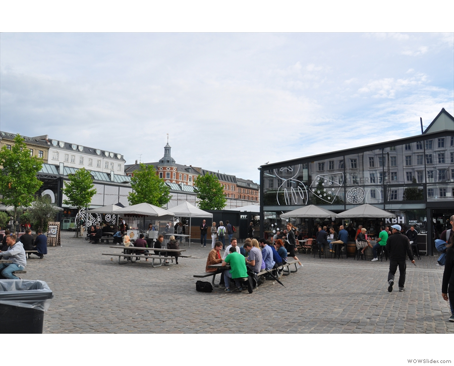 Alternatively, this is the view of Torvehallerne from the northern end...